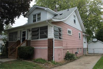 Roseville Single Family Home For Sale: 25866 Hoffmeyer St
