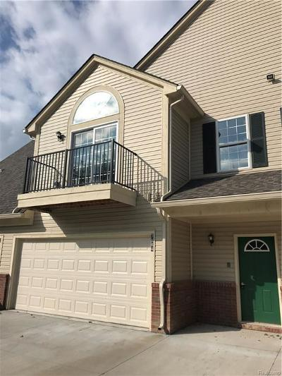 Shelby Twp Condo/Townhouse For Sale: 7884 Marie