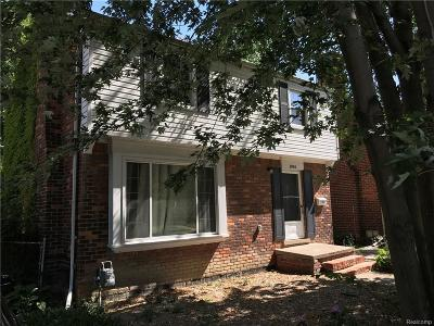 Grosse Pointe Single Family Home For Sale: 1984 Country Club