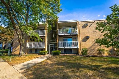 Royal Oak Condo/Townhouse For Sale: 4921 Crooks Rd