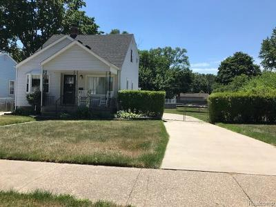 Clawson Single Family Home For Sale: 320 Walper Ave