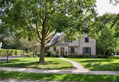Bloomfield Hills Single Family Home For Sale: 454 Yarmouth Rd