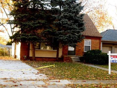 Oak Park Single Family Home For Sale: 24711 Kipling St
