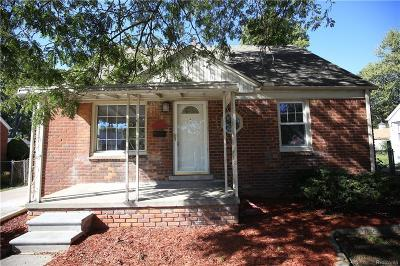 Livonia Single Family Home For Sale: 10007 Arcola St