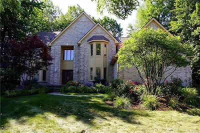 West Bloomfield Single Family Home For Sale: 3409 Wildwood Crt