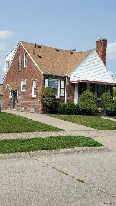 Detroit Single Family Home For Sale: 20437 Bramford Dr