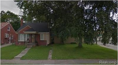 Detroit Single Family Home For Sale: 19130 Trinity St