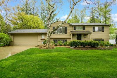 Troy Single Family Home For Sale: 2935 Bolingbroke Dr