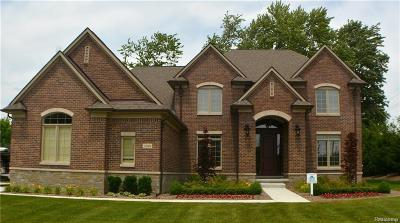 Sterling Heights Single Family Home For Sale: 3989 Corkwood Dr