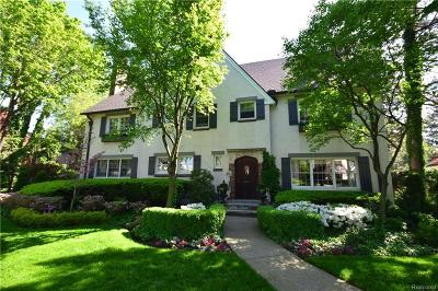 Grosse Pointe Single Family Home For Sale: 460 Lakeland St