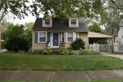 Berkley Single Family Home For Sale: 1642 Columbia Rd