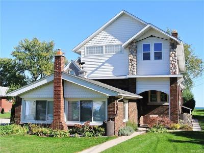 Saint Clair Shores Single Family Home For Sale: 26830 Koerber St