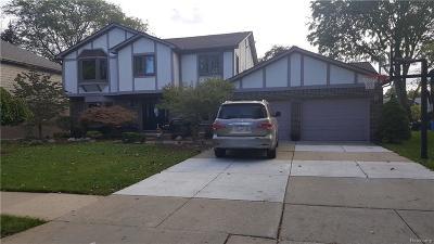 Dearborn Single Family Home For Sale: 1800 N Evangeline St