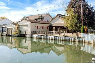 Single Family Home For Sale: 45788 Jefferson Ave