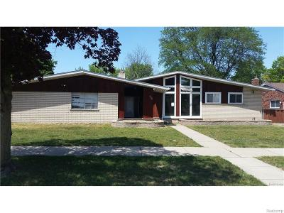 Dearborn Single Family Home For Sale: 26070 Shirley Ln