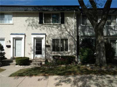 Warren Condo/Townhouse For Sale: 28214 Universal Dr