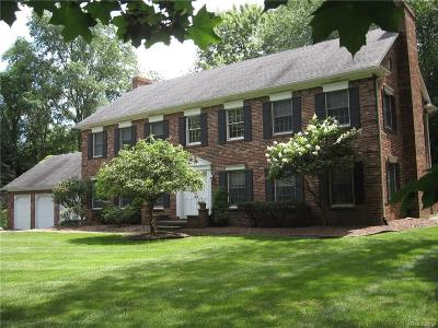 Franklin Single Family Home For Sale: 26737 W Thirteen Mile Rd