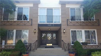 Southfield Condo/Townhouse For Sale: 25530 Southfield Rd