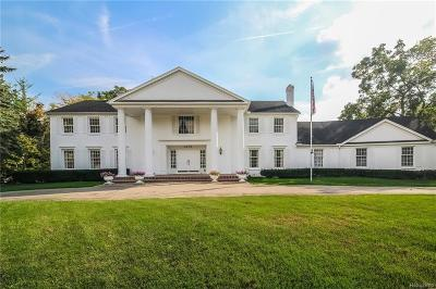 Bloomfield Hills Single Family Home For Sale: 4270 Stoneleigh Rd