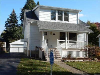 Royal Oak Single Family Home For Sale: 1107 Cherokee Ave