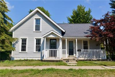 Trenton Single Family Home For Sale: 2933 5th St