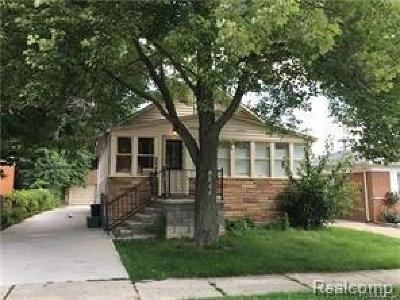 Dearborn Heights Single Family Home For Sale: 8644 Nightingale St