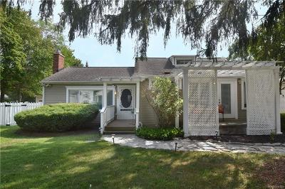 West Bloomfield Single Family Home For Sale: 2187 Eastman Blvd