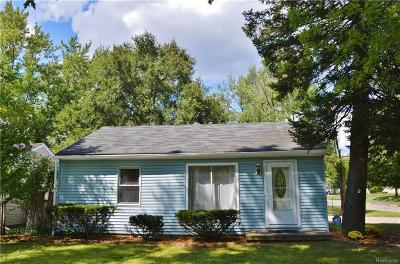 Waterford Single Family Home For Sale: 5500 Sunwood Dr