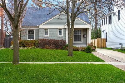 Birmingham Single Family Home For Sale: 1885 Washington Blvd