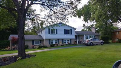 Southfield Single Family Home For Sale: 28421 E Kalong Cir