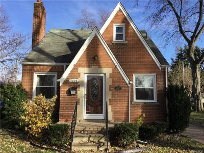 Dearborn Heights Single Family Home For Sale: 7292 Colonial St