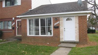 Clinton Township Condo/Townhouse For Sale: 20310 15 Mile Rd.
