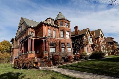 Detroit Condo/Townhouse For Sale: 405 E Ferry St