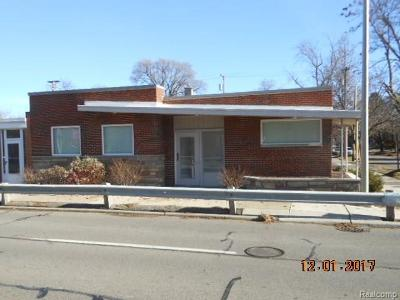 Commercial Lease For Lease: 3200 N Main St