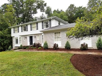 Rochester Single Family Home For Sale: 5760 Cobb Creek Rd