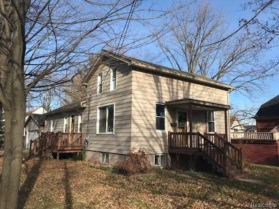 Saint Clair Single Family Home For Sale: 414 Thornapple St