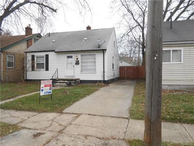 Hazel Park Single Family Home For Sale: 23416 Couzens Ave