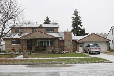 Dearborn Heights Single Family Home For Sale: 4696 Gertrude St