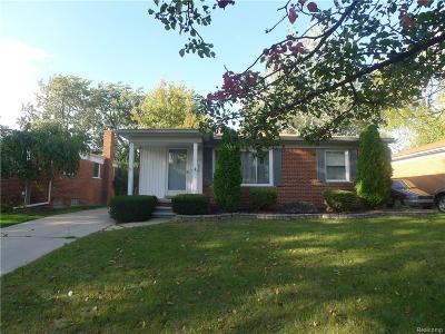 Royal Oak Single Family Home For Sale: 1529 E Windemere Ave
