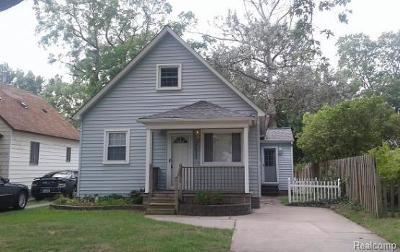 Farmington Hills Single Family Home For Sale: 27533 Shiawassee Rd