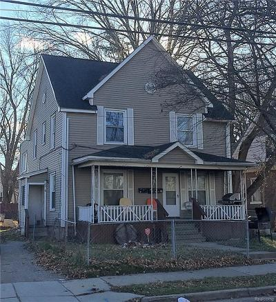 Pontiac Multi Family Home For Sale: 35 Liberty St