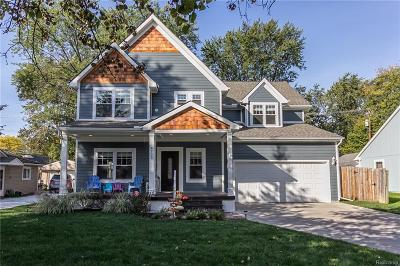 Royal Oak Single Family Home For Sale: 4703 Hampton Blvd