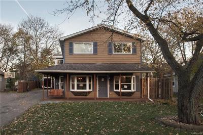 Farmington Single Family Home For Sale: 22814 Power Rd