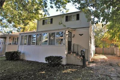 Clawson Single Family Home For Sale: 321 Renshaw Ave