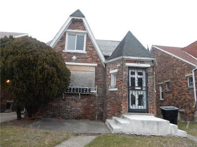 Detroit Single Family Home For Sale: 16226 Woodingham Dr