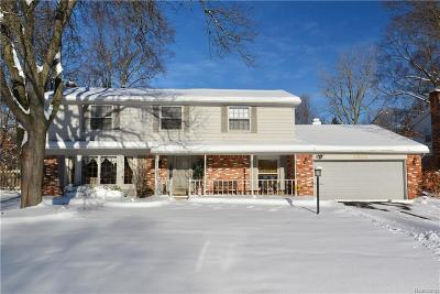 West Bloomfield Single Family Home For Sale: 5588 Northcote