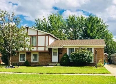 Wayne Single Family Home For Sale: 22479 Doncaster Ave