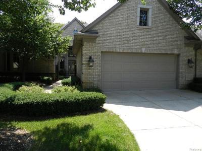 Clarkston Condo/Townhouse For Sale: 6428 Enclave Dr
