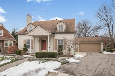 Grosse Pointe, Grosse Pointe Farms, Grosse Pointe Park, Grosse Pointe Shores, Grosse Pointe Woods Single Family Home For Sale: 20060 Marford Crt