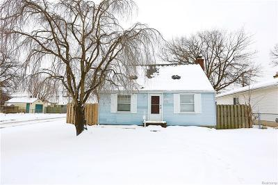 Madison Heights Single Family Home For Sale: 654 E Rowland Ave